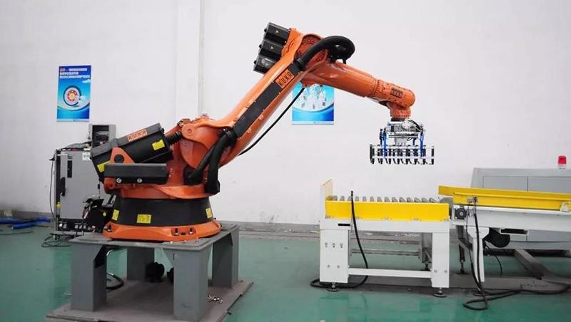 智能机械手臂在广告制作领域的应用